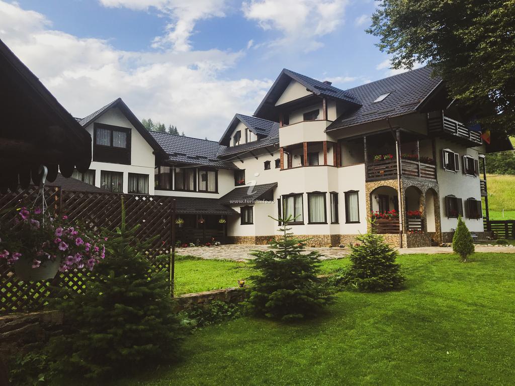 Pensiunea Casa Corlățeni